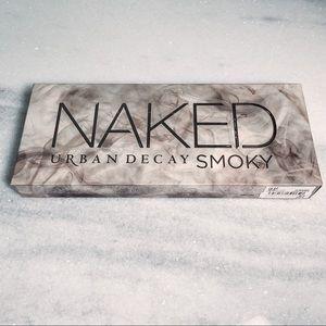 Naked Urban Decay Smoky Eyeshadow Pallette NWT
